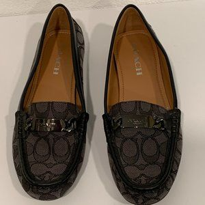 Coach Olive Loafers Black & Gray Flats EUC Size 9B